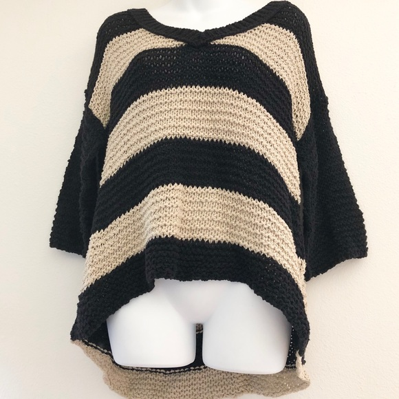 Free People Tops - Free People Loose knit sweater oversized comfy